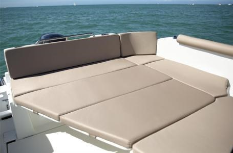 2020 Beneteau Antares 23 Photo 8 of 18