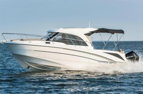2020 Beneteau Antares 23 Photo 13 of 18