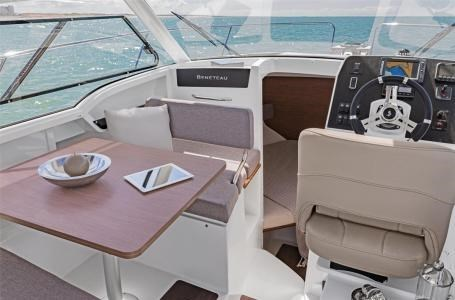 2020 Beneteau Antares 23 Photo 14 of 18