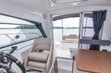 2020 Beneteau Antares 23 Photo 17 of 18