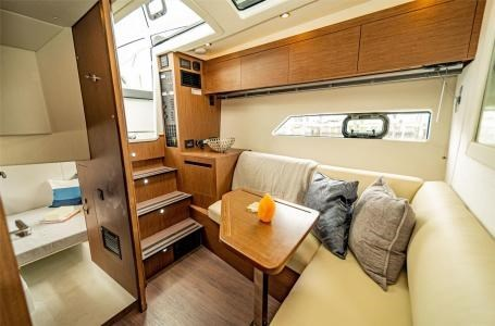 2020 Beneteau Gran Turismo 36 Photo 2 of 8