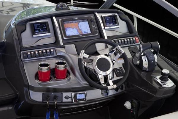 2016 Monterey 355 Sport Yacht Photo 8 of 38