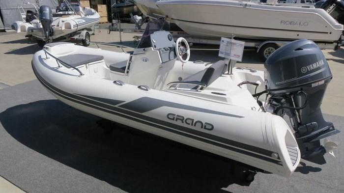 2020 Grand G420HGLF Photo 2 of 7