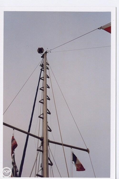 1978 Ontario Yachts 32 Photo 2 sur 18