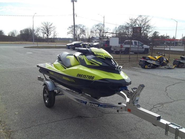 2018 Sea-Doo RXP®-X® 300 Photo 3 of 6