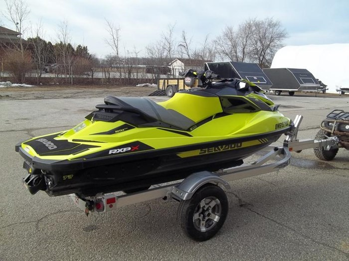 2018 Sea-Doo RXP®-X® 300 Photo 4 of 6
