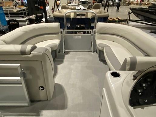 2020 SUNCHASER          Tri-Toon 22 LR SB      (Slide Bench) Photo 4 of 8