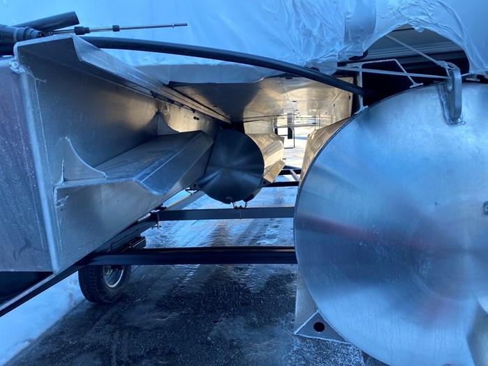 2020 SUNCHASER          Tri-Toon 22 LR SB      (Slide Bench) Photo 7 of 8