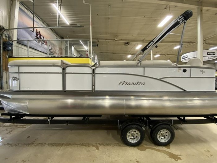 2020 Manitou Oasis Angler 22 Full Front Photo 21 of 25