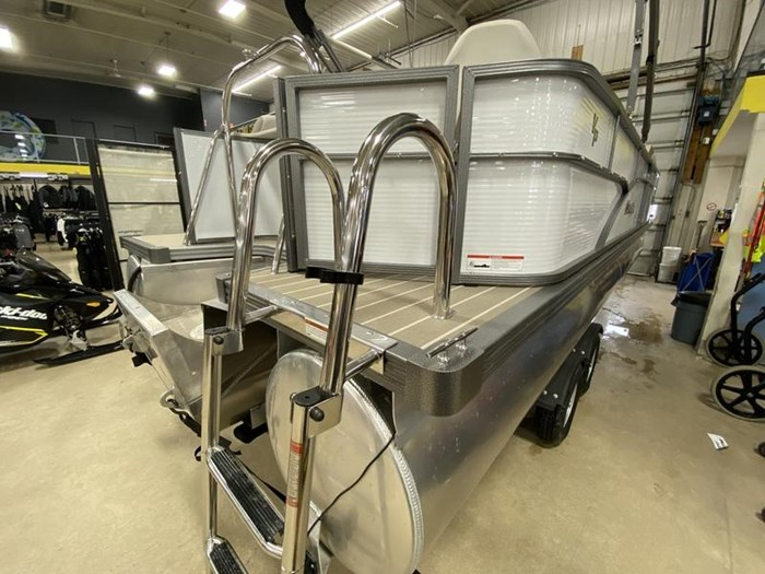 2020 Manitou Oasis Angler 22 Full Front Photo 23 of 25