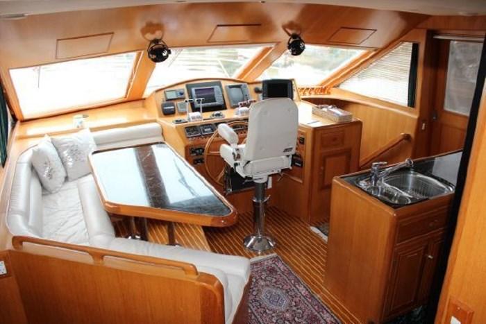 2000 Ocean Alexander 548 Pilothouse Photo 4 of 101