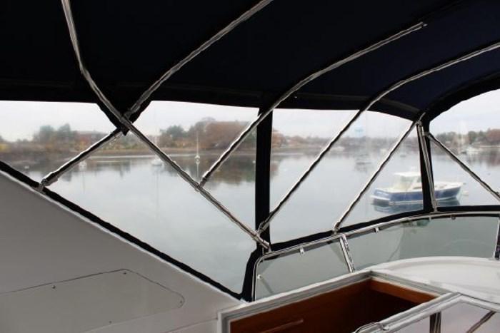 2000 Ocean Alexander 548 Pilothouse Photo 37 of 101