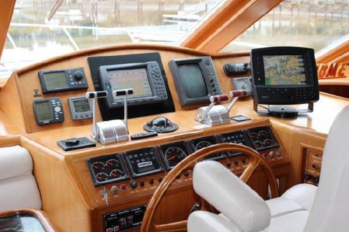 2000 Ocean Alexander 548 Pilothouse Photo 43 of 101