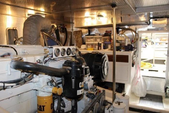 2000 Ocean Alexander 548 Pilothouse Photo 60 of 101