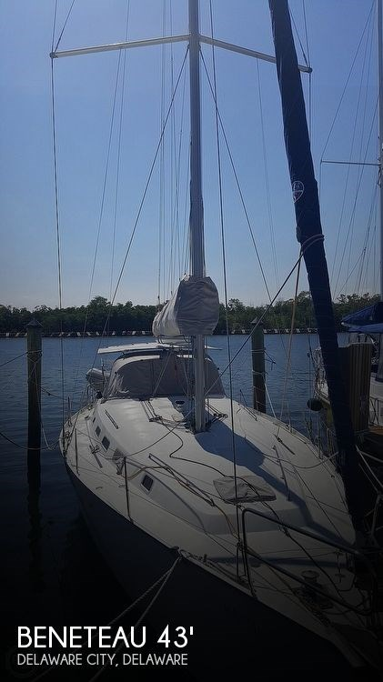 2006 Beneteau Cyclades 43.3 Photo 1 of 20