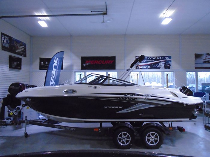 2020 Stingray 215 LR – For Sale – STR118 Photo 2 of 30