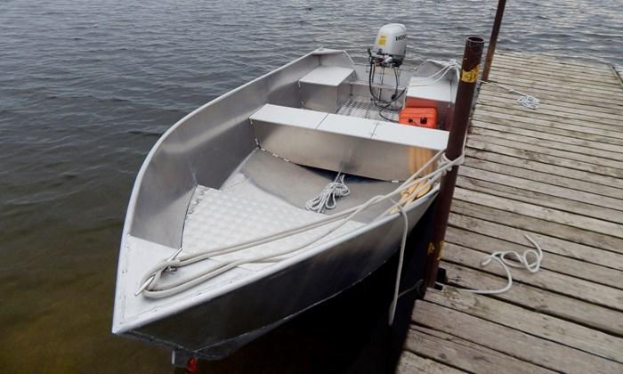 2020 New 15′ x 68″ Aluminum Work/Fishing Tiller Boat Photo 2 sur 5