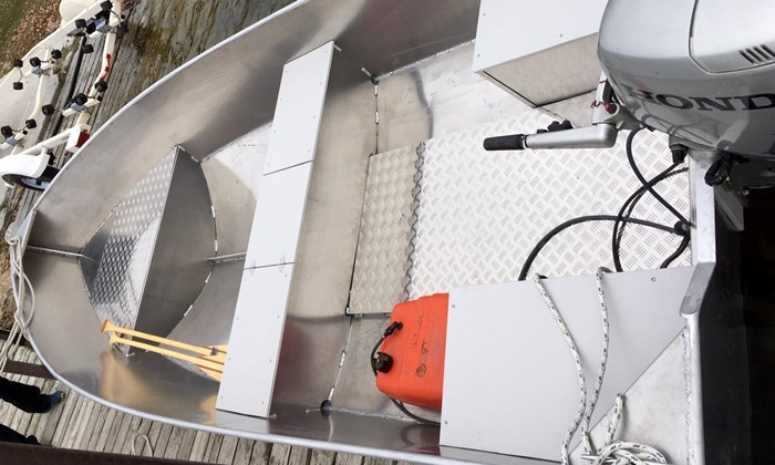 2020 New 15′ x 68″ Aluminum Work/Fishing Tiller Boat Photo 3 sur 5