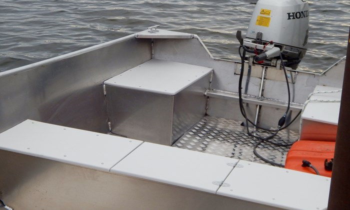 2020 New 15′ x 68″ Aluminum Work/Fishing Tiller Boat Photo 4 sur 5