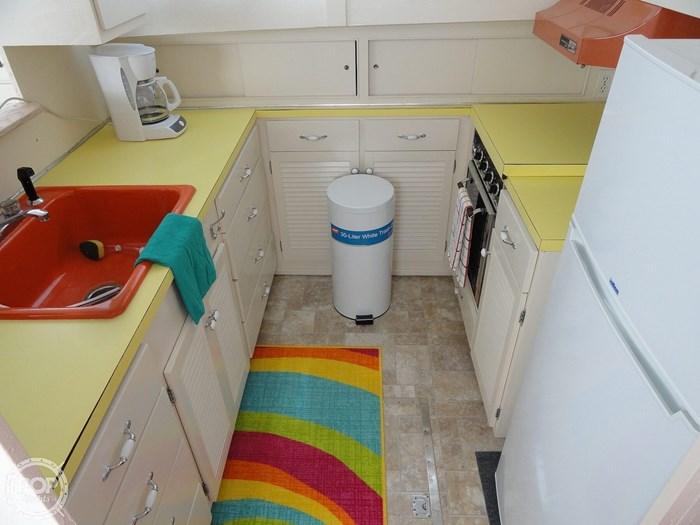1974 Chris-Craft 55 Roamer Flush Deck MY Photo 8 sur 20