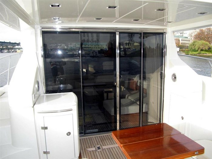 2006 Azimut 43S Photo 9 of 20