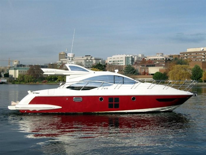 2006 Azimut 43S Photo 3 of 20