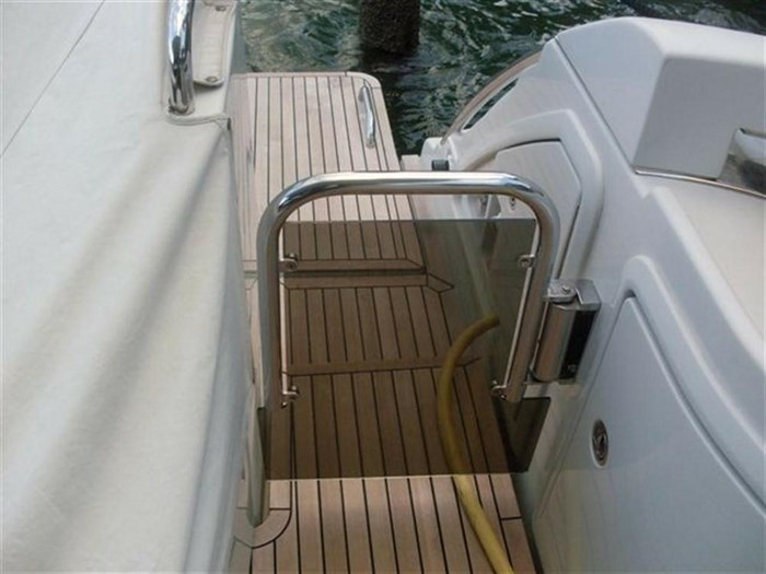 2006 Azimut 43S Photo 4 of 20