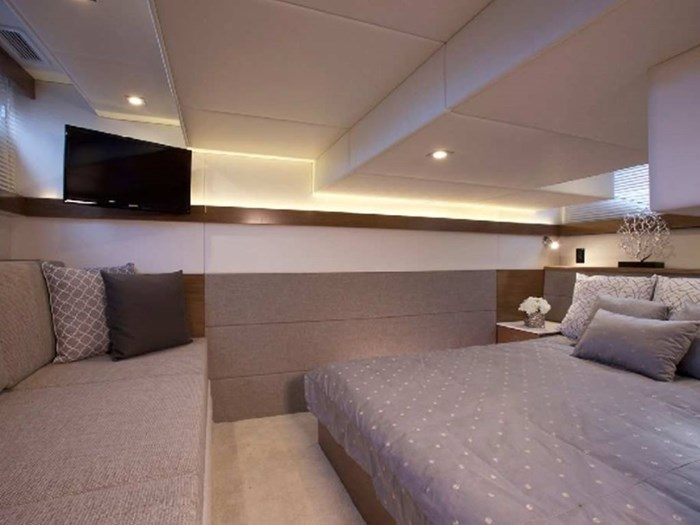 2020 Cruisers Yachts 42 Cantius Photo 9 sur 16