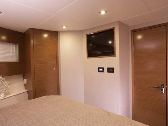 2020 Cruisers Yachts 42 Cantius Photo 11 sur 16