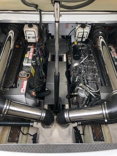 2004 Formula 40PC Photo 27 of 27