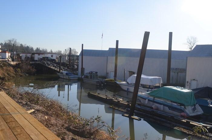 2008 Custom Boathouse Photo 22 sur 29