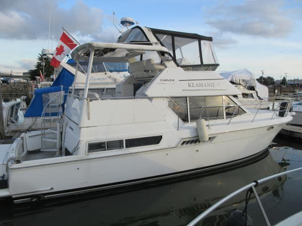 1997 Carver 40 Motor Yacht Photo 11 sur 91