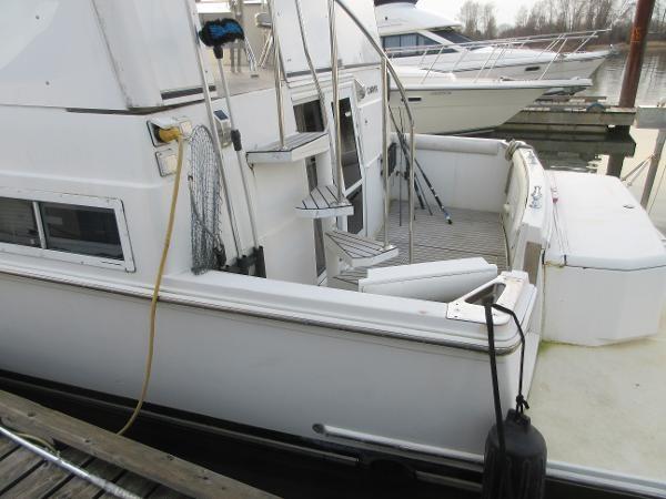 1997 Carver 40 Motor Yacht Photo 16 sur 91