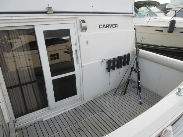 1997 Carver 40 Motor Yacht Photo 19 sur 91