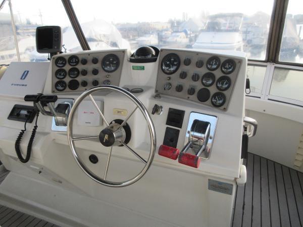 1997 Carver 40 Motor Yacht Photo 27 sur 91