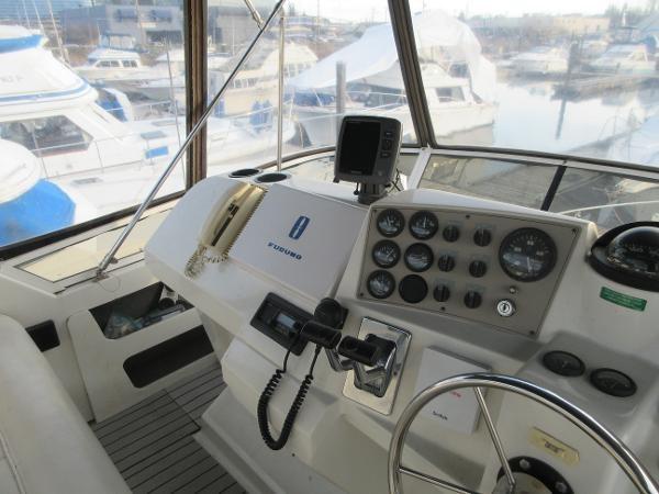 1997 Carver 40 Motor Yacht Photo 28 sur 91