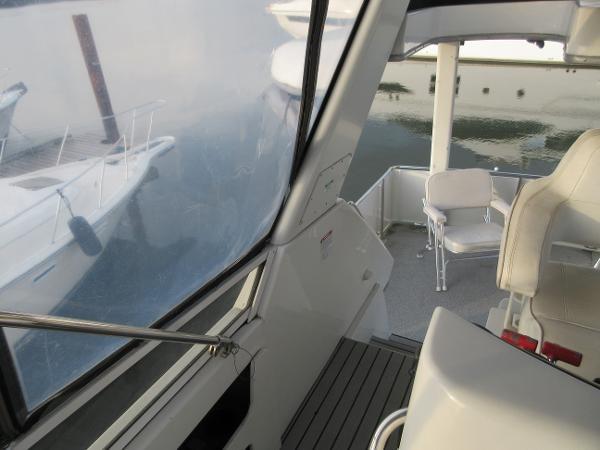 1997 Carver 40 Motor Yacht Photo 40 sur 91