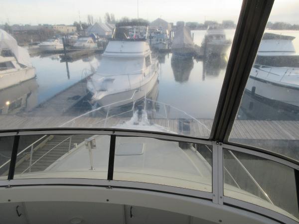 1997 Carver 40 Motor Yacht Photo 42 sur 91