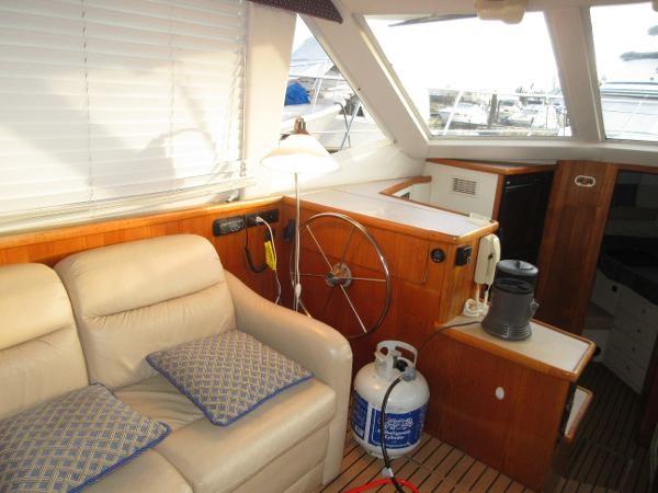 1997 Carver 40 Motor Yacht Photo 44 sur 91