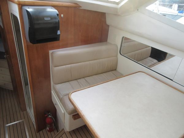 1997 Carver 40 Motor Yacht Photo 51 sur 91