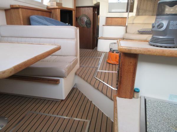 1997 Carver 40 Motor Yacht Photo 67 sur 91