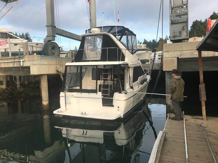 1998 Bayliner 3388 Command Bridge Motor Yacht Photo 5 of 19