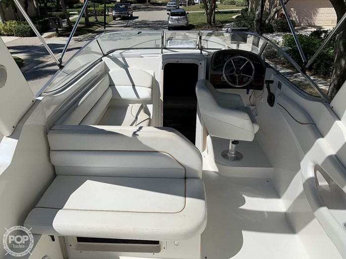 2001 Wellcraft 2600 Martinique Photo 11 sur 20
