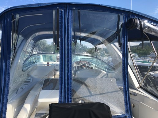 2010 Bayliner 335 Express Cruiser Photo 44 of 58