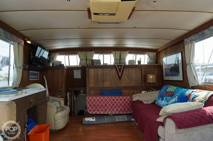 1977 Thompson 44 Trawler Photo 3 sur 20