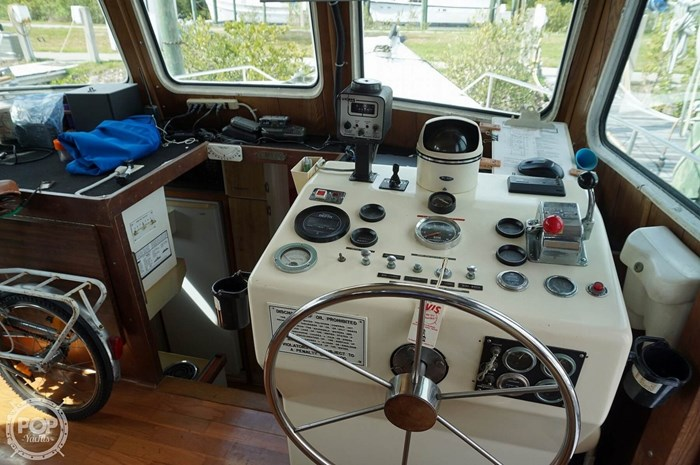 1977 Thompson 44 Trawler Photo 4 sur 20
