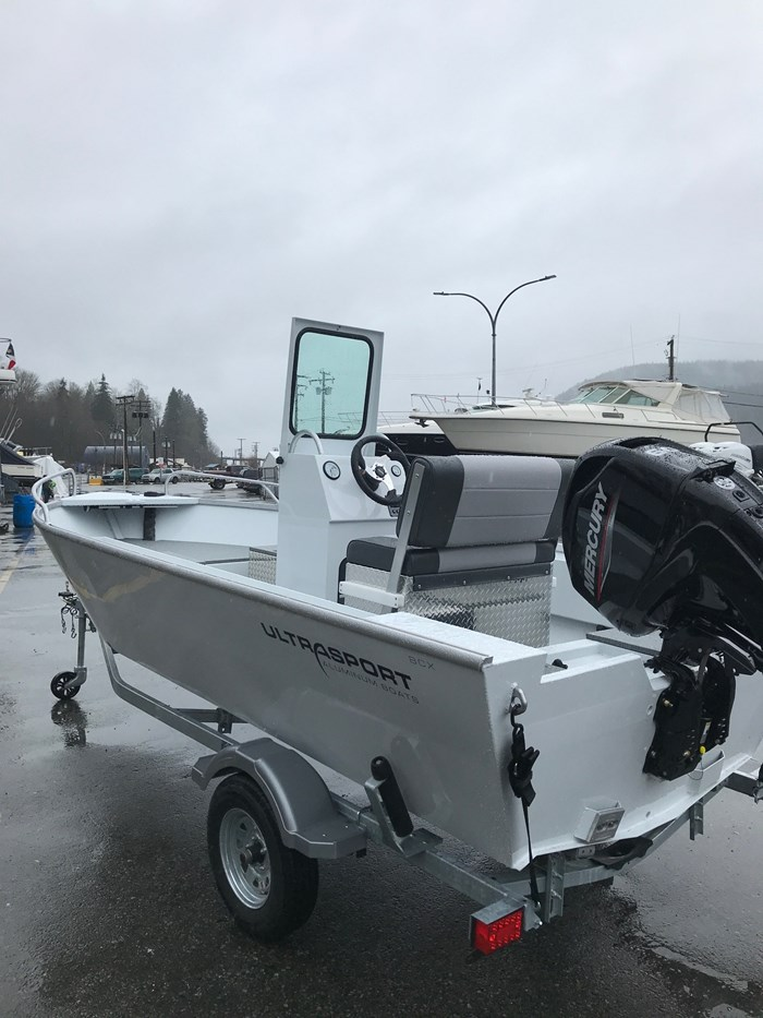 2020 Ultrasport 16 Back Country Scout Center Console - Motorwell Photo 3 of 3