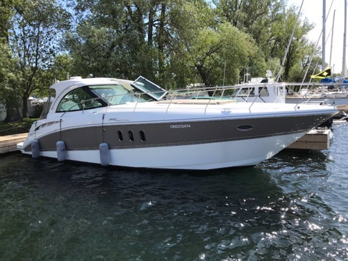2010 Cruisers Yachts 390 Sports Coupe Photo 1 sur 7