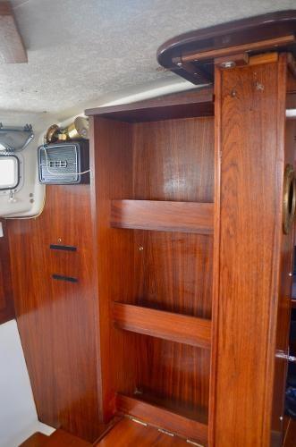 1980 Aloha Yachts 34 Photo 16 of 33