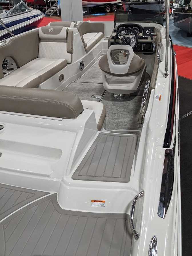 2020 Crownline E 205 XS Photo 6 of 23